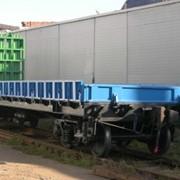Платформа для перевозки крупнотоннажных контейнеров, колесной техники и прочих грузов, модель 13-9744-03 фото