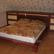 Кровать издерева фото