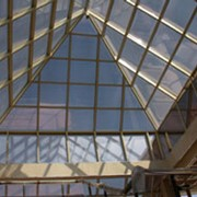 Алюминиевые конструкции. Архитектурный алюминиевый профиль. фото