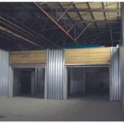 Подъемные деревянные и металлические ворота фото