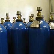 Заправка баллонов газом. фото