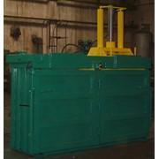 Пресс модели Б3118-02 вертикальный гидравлический двухкамерный пакетировочный Усилие прессования - 8,0 тн. Производительность - 0,4-0,6 тн/ч, прессование отходов и загрузка отходов сверху фото