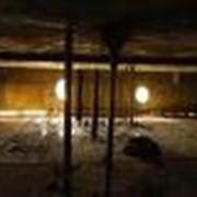 Зачистку донных отложений нефтяных резервуаров. фото