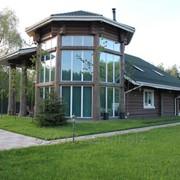 Строительство загородных домов из дерева фото