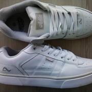 Кроссовки - кеды - кожа, белые и черные. фото