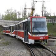 Травмобезопасное стекло на пассажирский городской транспорт, в частности вагоны трамваев.