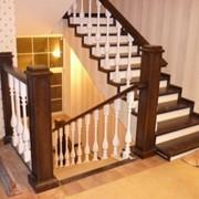 Установка готовых лестниц любых размеров и конфигурации. фото