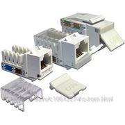 Lanmaster LAN-OK45U6/90-WH Модуль Keystone, RJ45, кат.6, UTP, 90 градусов, со шторкой, белый фото