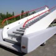 Самоходные пассажирские трапы типа СПТ-114, СПТ-154 на электрической тяге для любых типов самолетов фото
