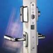 Замки для профильных дверей LC300 фото