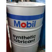 MOBIL масла, жидкости, смазки. фото