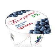 Творог зерненый Белозерница с фруктовым наполнителем Черника, м.д.ж. 3%, расфасовка 130 г фото