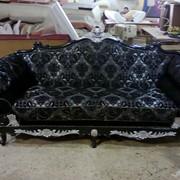 Реставрация и перетяжка мягкой мебели фото