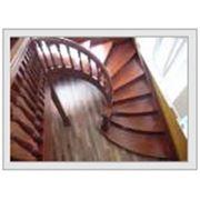 Деревяная лестница фото