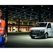 Автомобиль Volkswagen Transporter фото