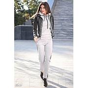 Утеплённый спортивный костюм серый с черной жилеткой АО/-0320 фото