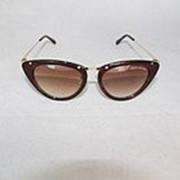 Солнцезащитные очки в стиле Louis Vuitton фото