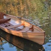 Лодка деревянная гребная фото