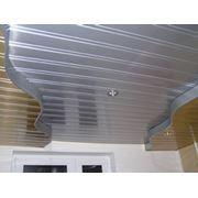 Реечные подвесные потолки фото