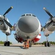 Легкий транспортный многоцелевой самолет Ан-32 фото