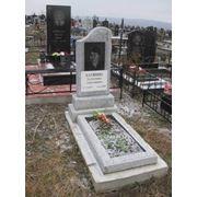 Памятники надгробные фото