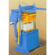 Станок К-01 для выпуска строительных материалов фото