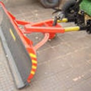 Оборудование навесное для уборки трасс и дорог фото