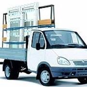 Аренда машины с водителем для перевозки стекла, стеклопакетов, окон ПВХ фото