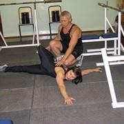 Тренер по спортивной гимнастике фото