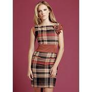 Любая женщина стремится быть в курсе последних модных тенденций одеваться стильно и современно. Модная женская одежда поражает воображение своим многообразием и неограниченным выбором самых разнообразных моделей. фото