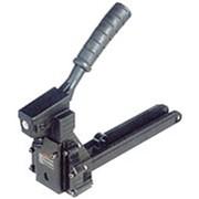 Скобосшиватели механические для запечатывания гофротары фото
