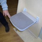 Сиденье откидное полумягкое НПП 062.00.00.000 фото