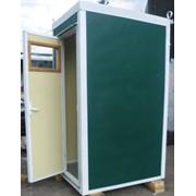 Утепленная мобильная туалетная кабина фото