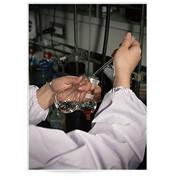 Химический анализ сточной воды фото
