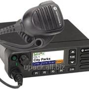 Цифровая автомобильная радиостанция Motorola MotoTRBO DM4601 фото