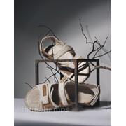 Обувь из конопли. Босоножки мужские «Одинс М». Состав: конопляная ткань 100% натуральная ручной работы, Цвет: натуральный, белый, коричневый. Подкладка: конопля, подошва — ТР. Застежка: липучка. фото