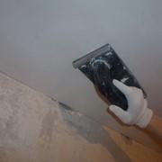 Стартовая шпаклевка потолков фото