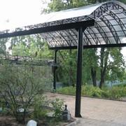 Строительство навесов из монолитного поликарбоната фото