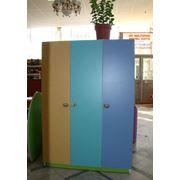 Детская мебель(из разноцветного ламината) фото
