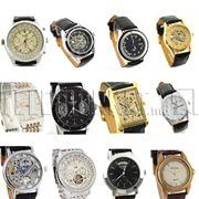Мужские и женские наручные часы. фото
