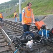 Проверка железнодорожного пути дефектоскопом фото