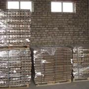 Упаковка брикетов на европоддоны в термоусадочную пленку. фото