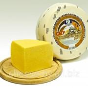 Сыр полутвердый сычужный «Монастырский двор» фото