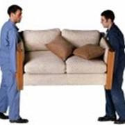 Ремонт и перетяжка мягкой мебели. Большой выбор ткани, Замена поролона, пружинных блоков. Качество гарантировано. фото