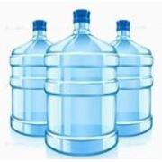 Вода бутилированная фото