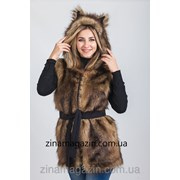 Меховая жилетка с капюшоном и ушками - Волчица 3 фото