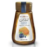 Мёд цветочный с соком черники фото