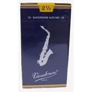 Трость для саксофона альт Vandoren SR2125 Classique №2,5 фото