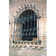 Кованая оконная решетка 3 фото