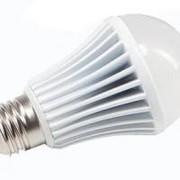 Светодиодная лампа 9 Вт с цоколем е27 фото